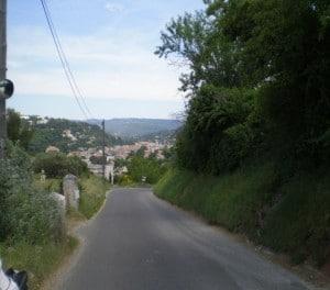 Route de Roussillon à Gargas...